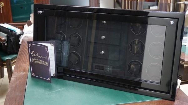 Элитная шкатулка-сейф с тайммуверами для часов