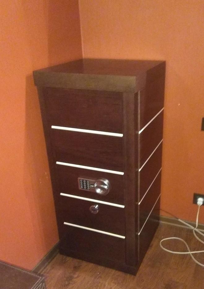 Элитный домашний сейф для документов и часов ШЭД 35Э «Адаричев»