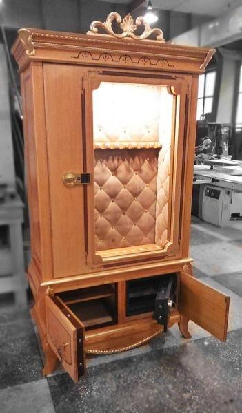 Элитная оружейная витрина сейф по индивидуальному заказу на 10 стволов Адаричев ОШЭЛ 1035 VIP