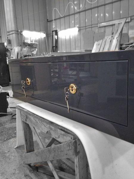 Элитный встраиваемый оружейный шкаф на 2 ствола Адаричев ШЭЛ 235 ГZ